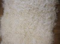 Ecrukleurig tapijt<br />(IJslandse schapenvacht)