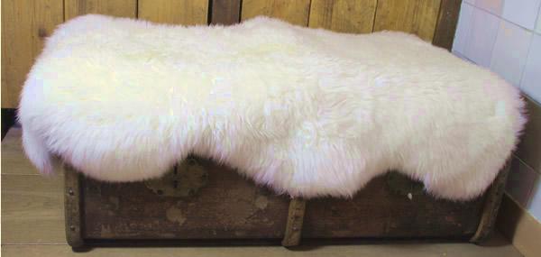 Wasbare schapenvacht: natuurwit